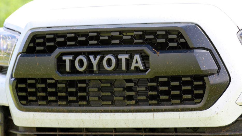 خودرو هیبریدی تویوتا