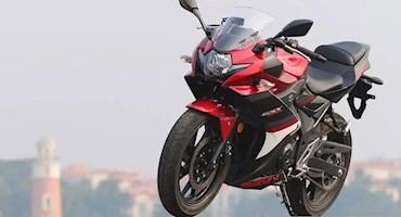 موتورسیکلت مینی اسپرت سوزوکی GSX-250R در نمایشگاه موتورسیکلت CIMA به روی صحنه خواهد رفت