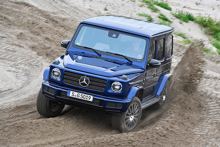 Mercedes-AMG V8 Biturbo engine / پیشرانه خورجینی هشت سیلندر مرسدس AMG