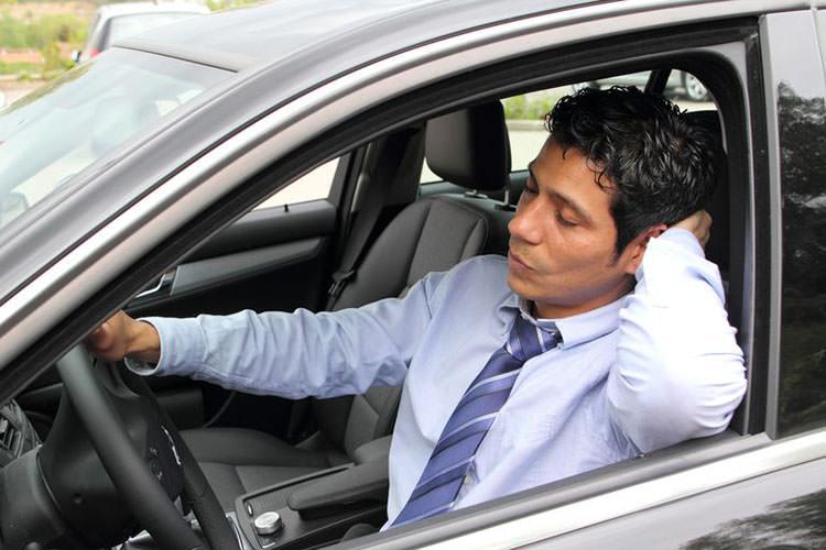 خوابآلودگی راننده خستگی تصادف رانندگی ارتعاش خودرو