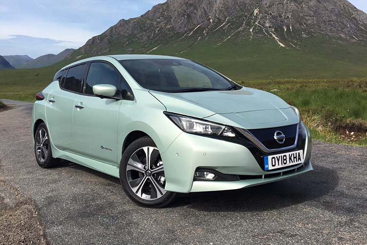 Nissan LEAF electric car / خودروی برقی نیسان لیف