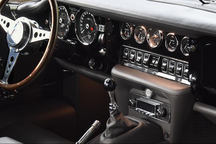 Jaguar E-Type Series 3 / جگوار ای-تایپ سری ۳