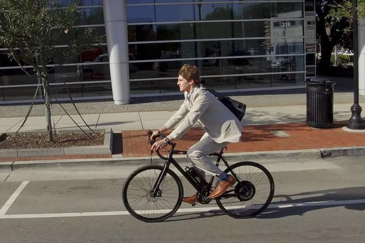 دوچرخه برقی فالکو