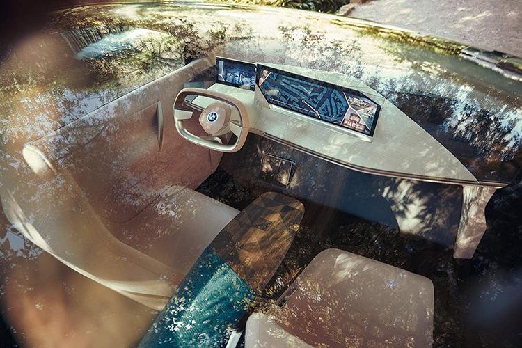 BMW vision iNEXT / بیامو ویژن آی-نکست