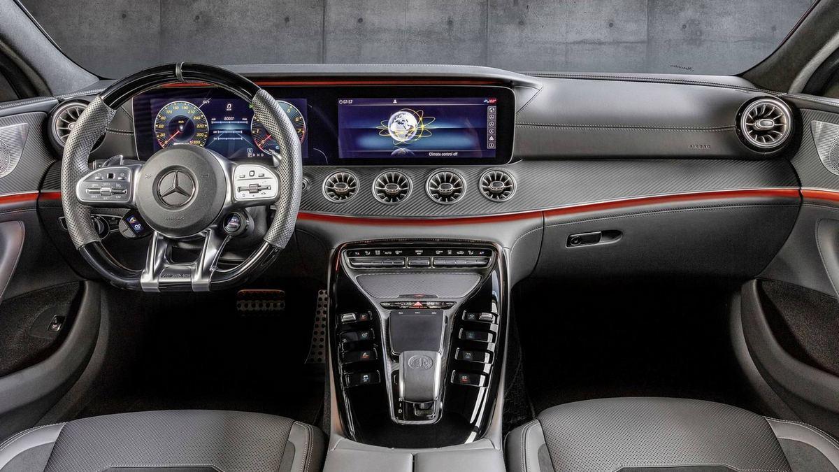 کابین مرسدس AMG GT 43 چهار در کوپه