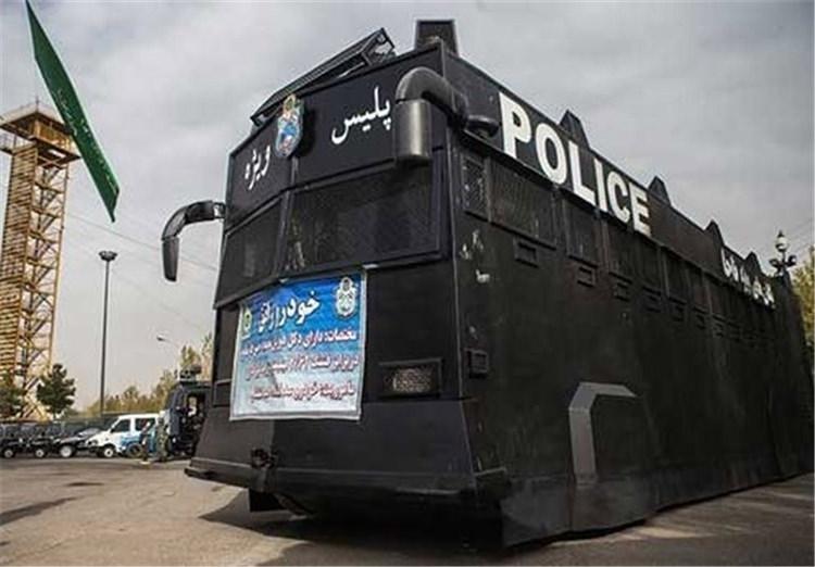 خودروی زرهی اتوبوس راتق یگان ویژه پلیس ناجا