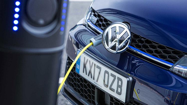 Volkswagen Electric car Recall / فراخوان خودروی برقی فولکسواگن