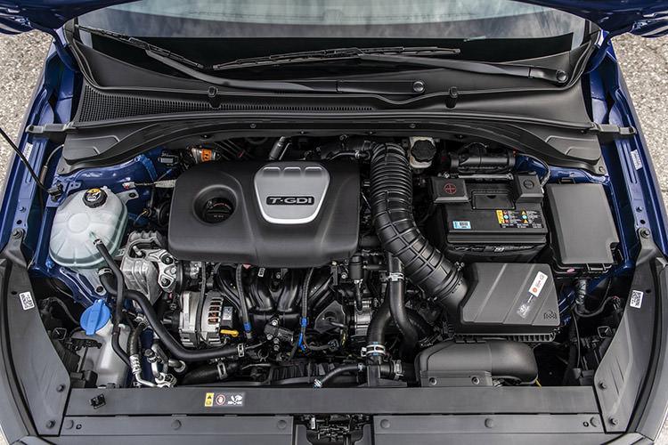 Hyundai Elantra GT N Line / هیوندای النترا جی تی