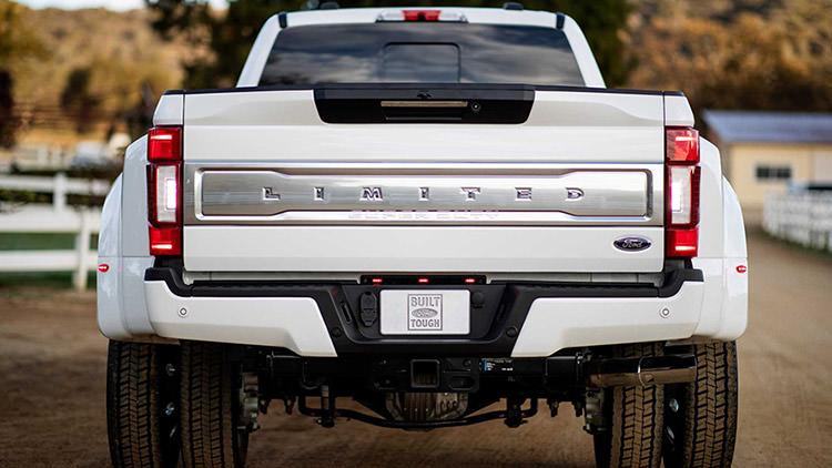 2020 Ford Super Duty / وانت پیکاپ فورد سوپردیوتی