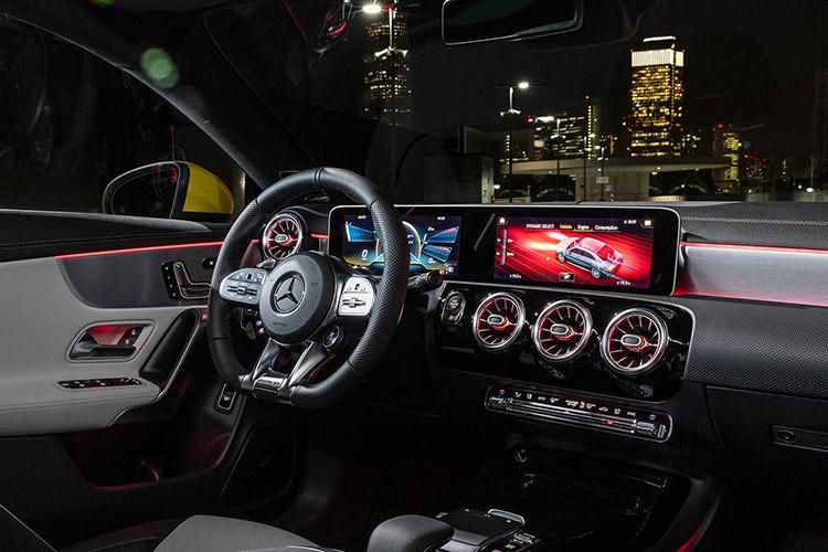 Mercedes-AMG CLA 35 / مرسدس بنز CLA 35
