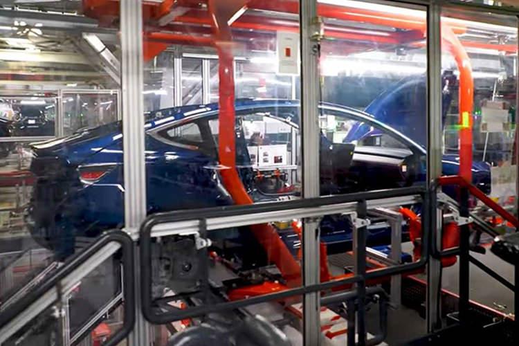 Tesla / کارخانه تسلا