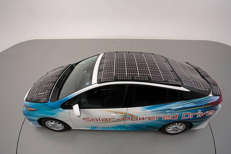 Toyota Prius Prime Solar hybrid car / خودروی هیبریدی خورشیدی تویوتا پریوس پرایم