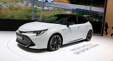 تویوتا تکنولوژی هیبریدی خود را با دیگر خودروسازان رایگان به اشتراک می گذارد!