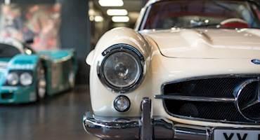 مجموعه خودروهای کلاسیک ارزشمند در نمایشگاه هگزاگون لندن