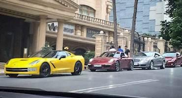 مالکان خودروهای لوکس میگویند بنزین ایران استاندارد نیست