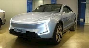 خودروی چینی که تسلای آمریکا را به چالش می کشاند