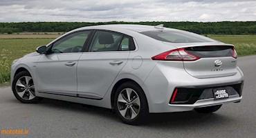 بررسی Hyundai Ioniq hybrid 2018 - هاچ بک آقای معمولی!
