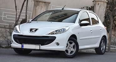 ادامه کاهش قیمت های خودرو در بازار کشور